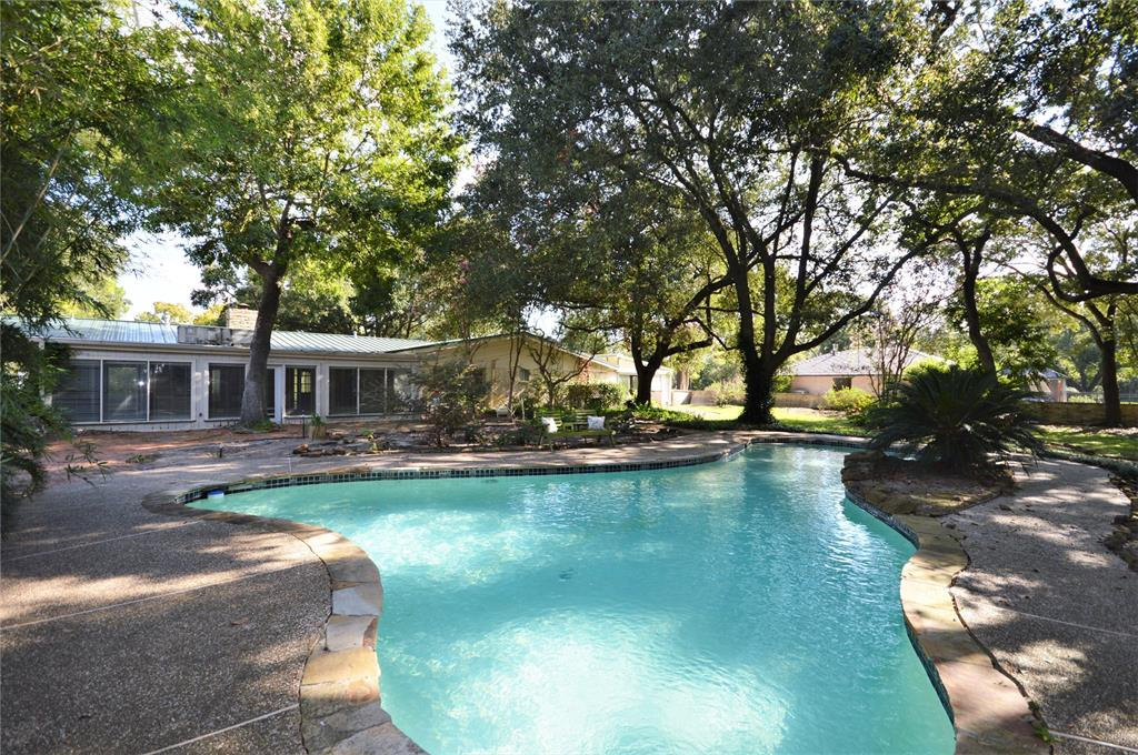 3302 Nottingham Street, Pearland, TX 77581 - Pearland, TX real estate listing