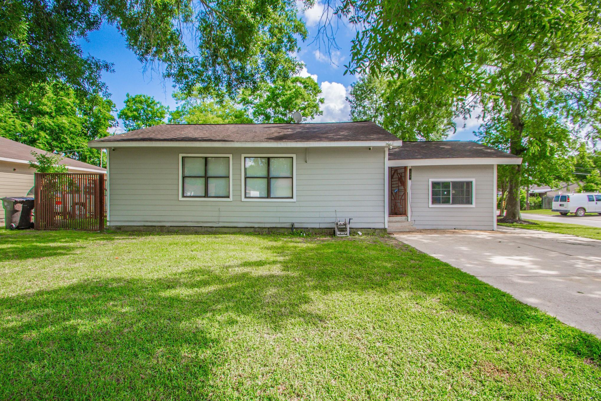 502 Bonnie Street Property Photo