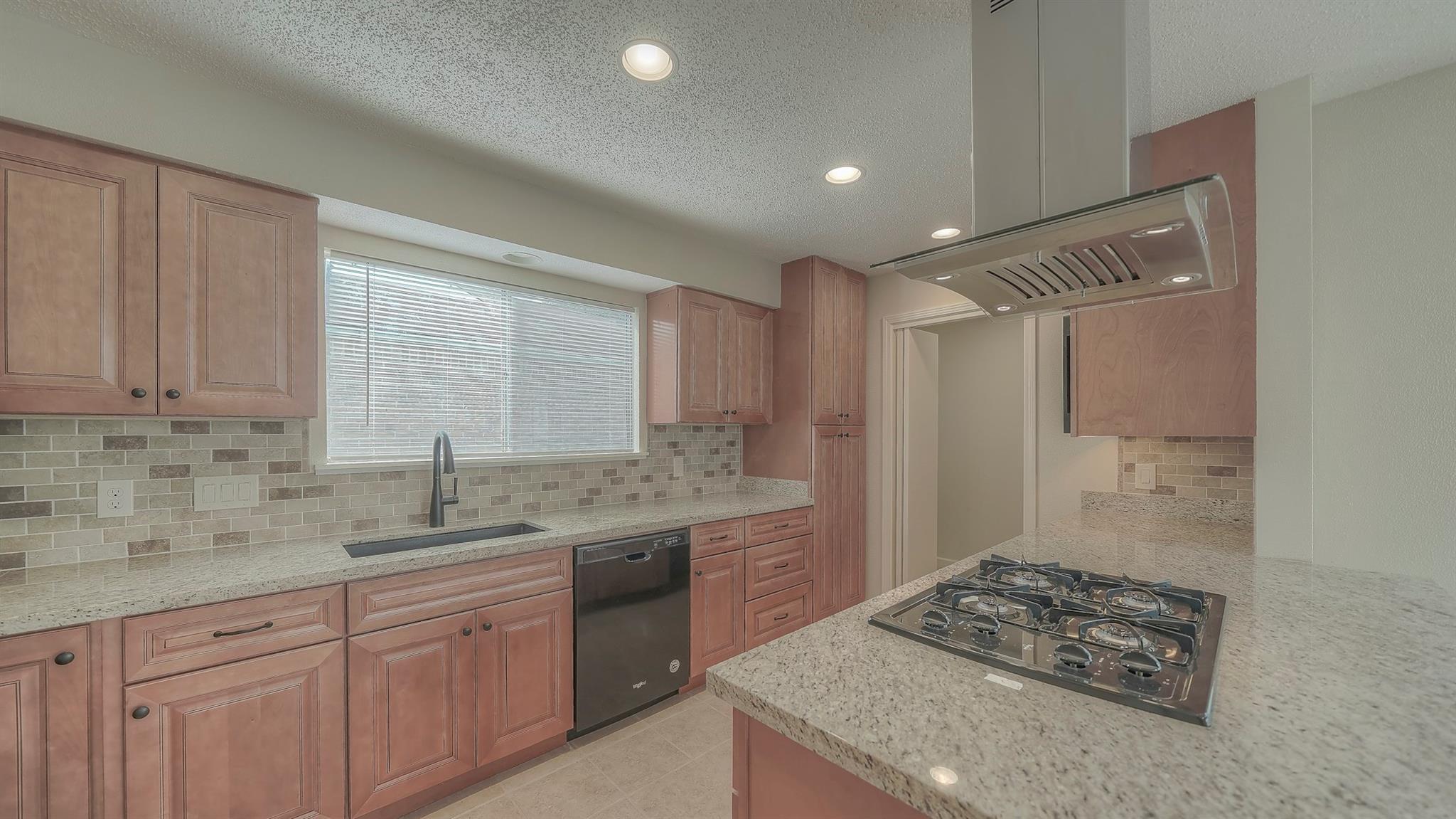 4339 Yupon Ridge Drive Property Photo - Houston, TX real estate listing