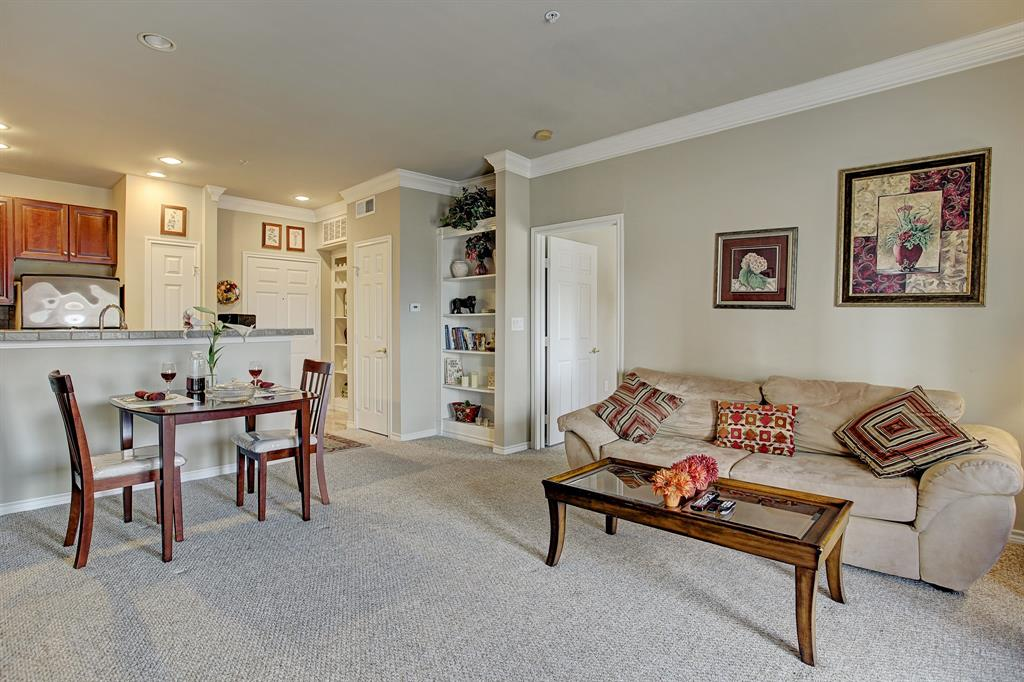2400 Mccue Road #422 Property Photo - Houston, TX real estate listing