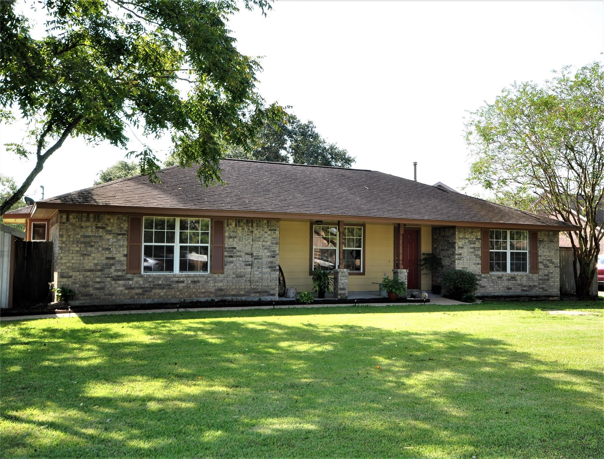 5323 Prairie Rose County Road 386 Street Property Photo - Danbury, TX real estate listing