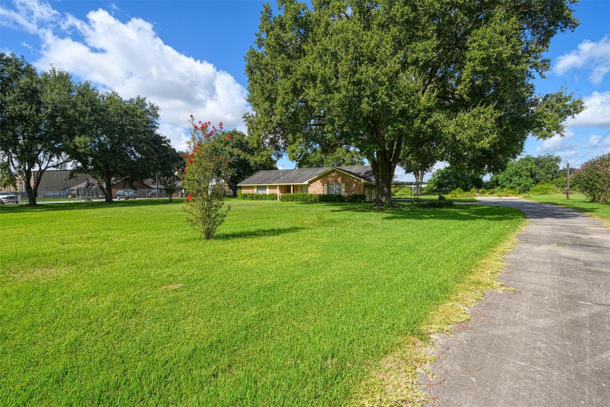 19835 Stuebner Airline Road Property Photo - Spring, TX real estate listing