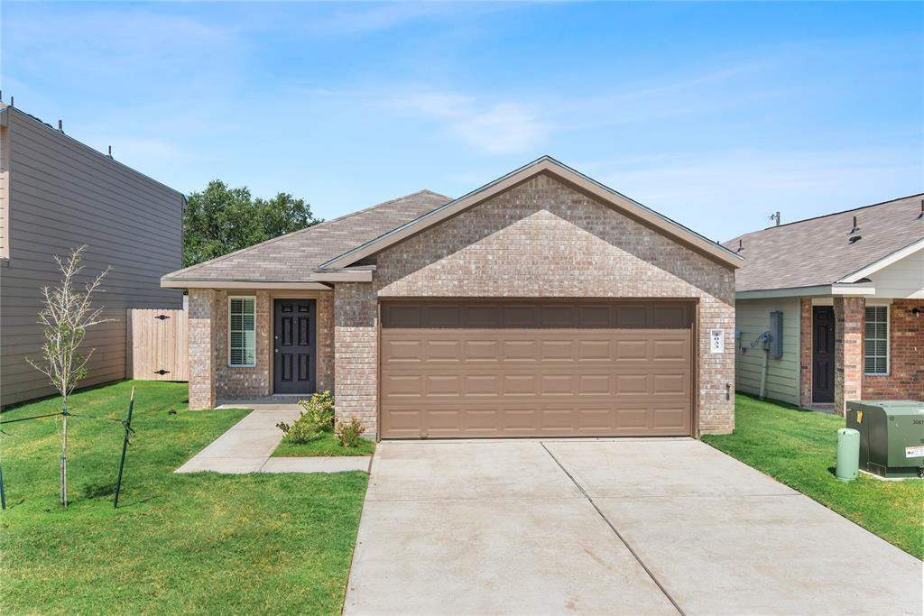 2033 Oakwood Forest Drive, Bryan, TX 77803 - Bryan, TX real estate listing