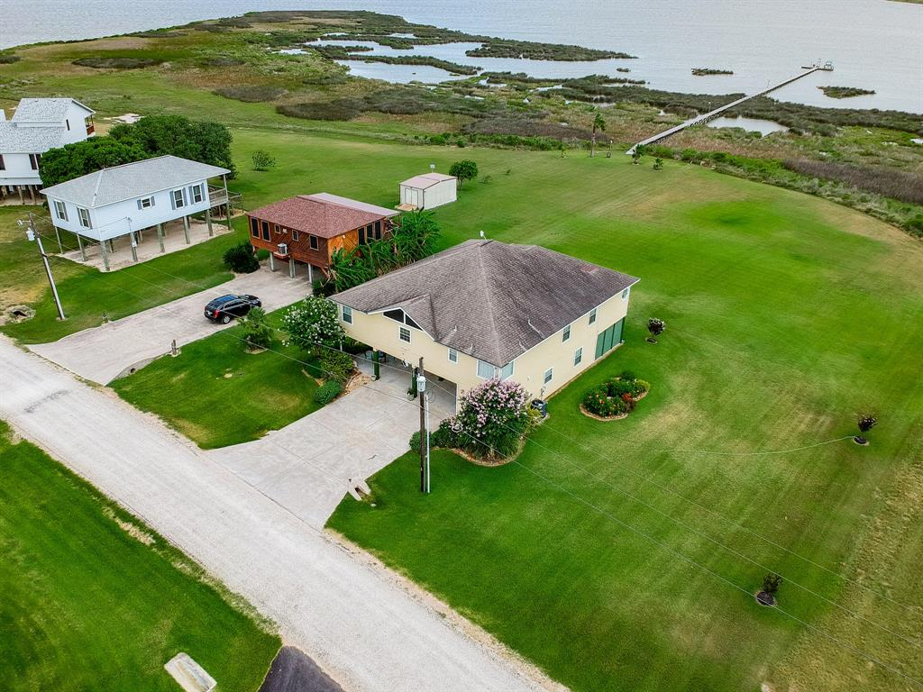 1228 W Bayshore Drive Property Photo - Palacios, TX real estate listing