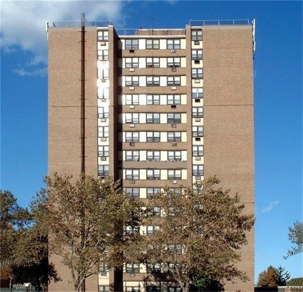 07103 Real Estate Listings Main Image