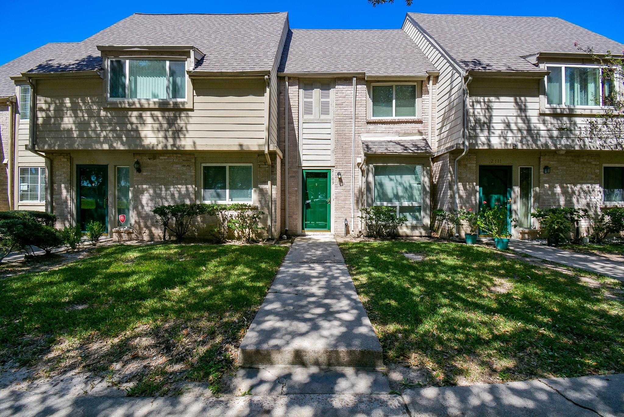 2109 Shiveley Circle Property Photo - Houston, TX real estate listing