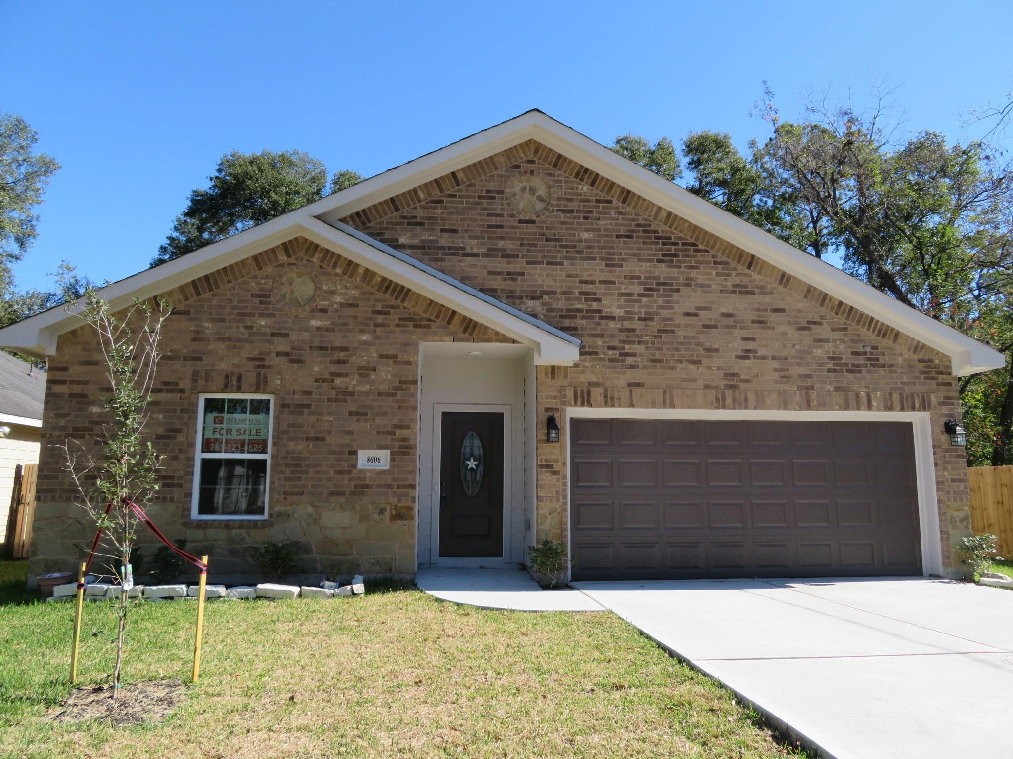 8606 Hoffman Street Property Photo - Houston, TX real estate listing