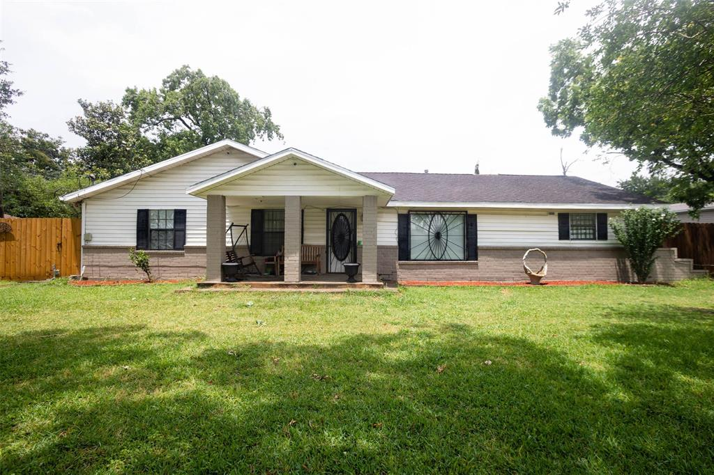 15419 S Brentwood Street Property Photo - Channelview, TX real estate listing