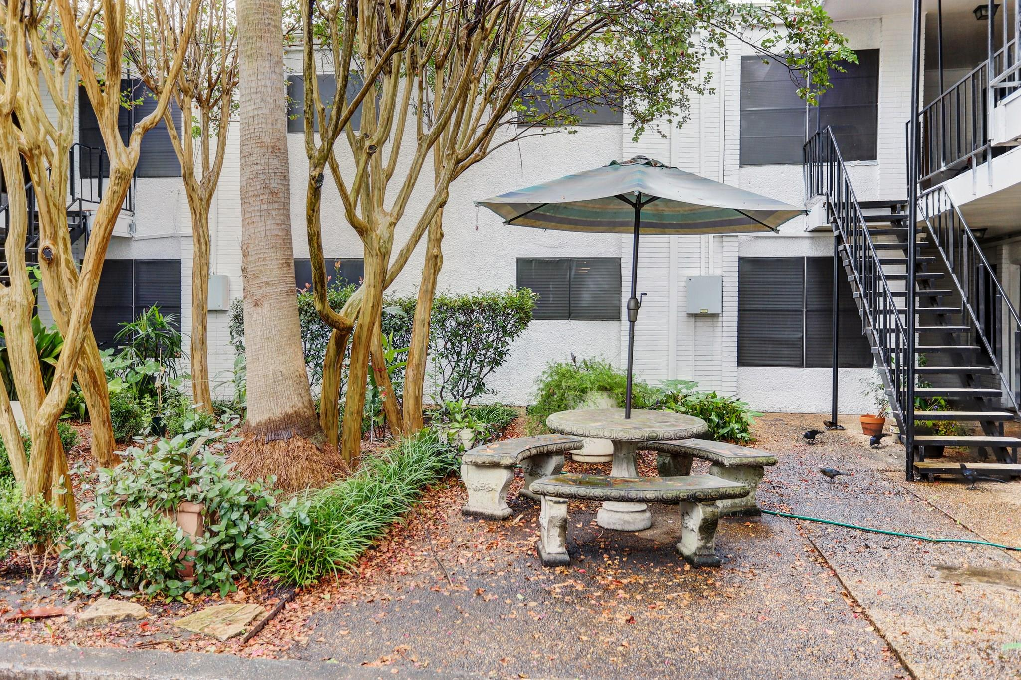 Amanda Th Condo Real Estate Listings Main Image