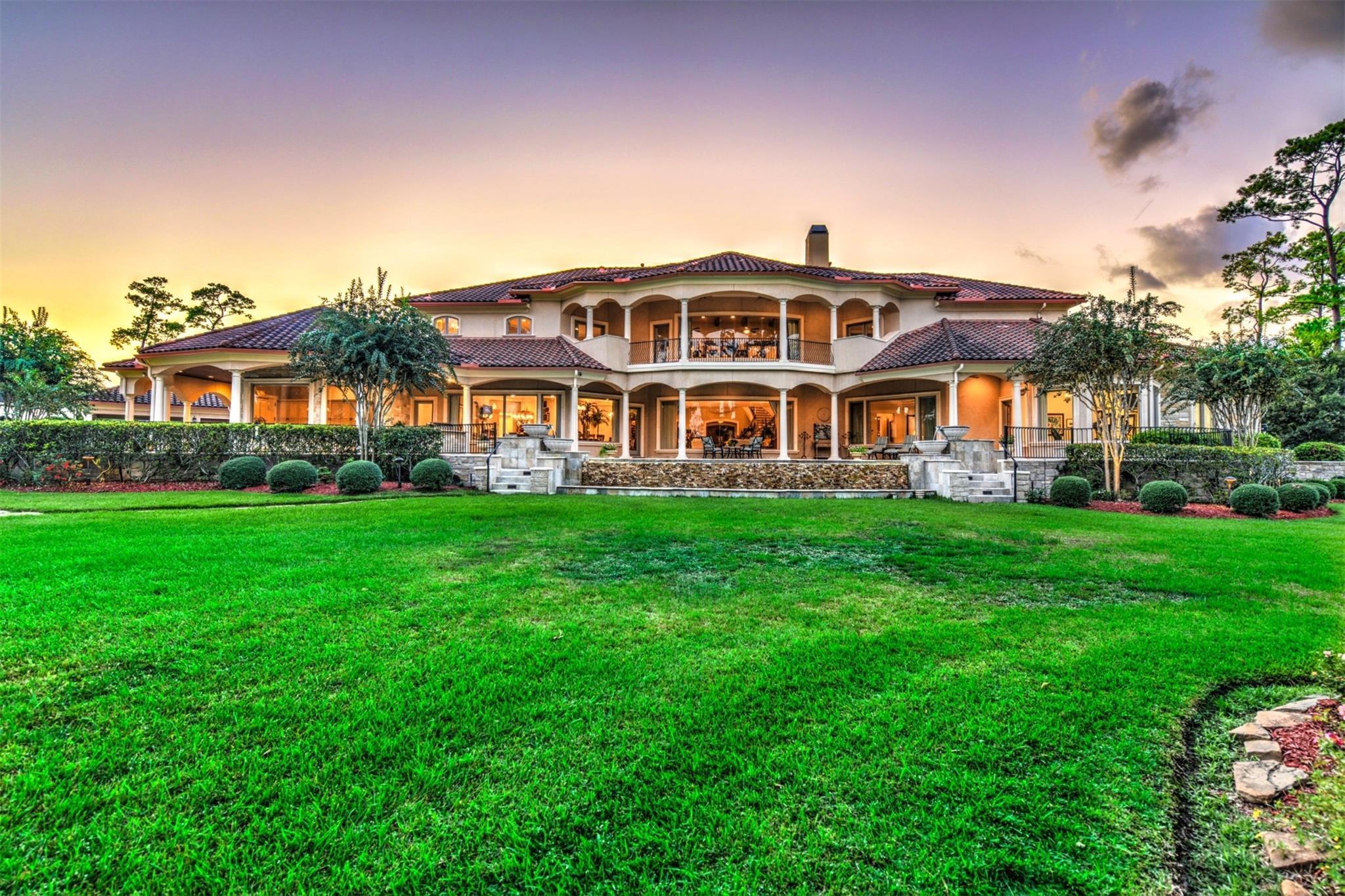 Friendswood Real Estate Listings Main Image