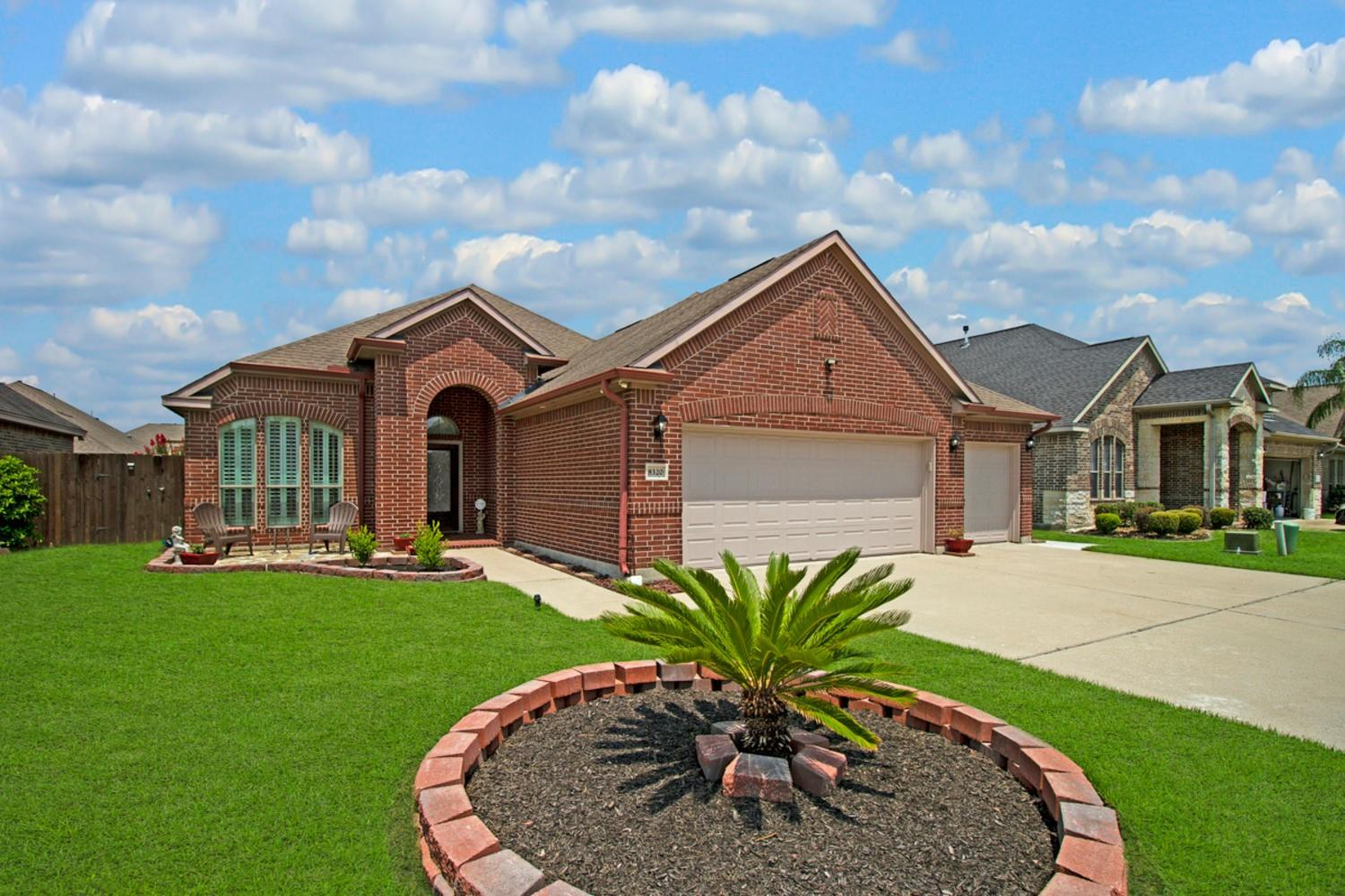 8320 Lake Powell Drive Property Photo - Nederland, TX real estate listing