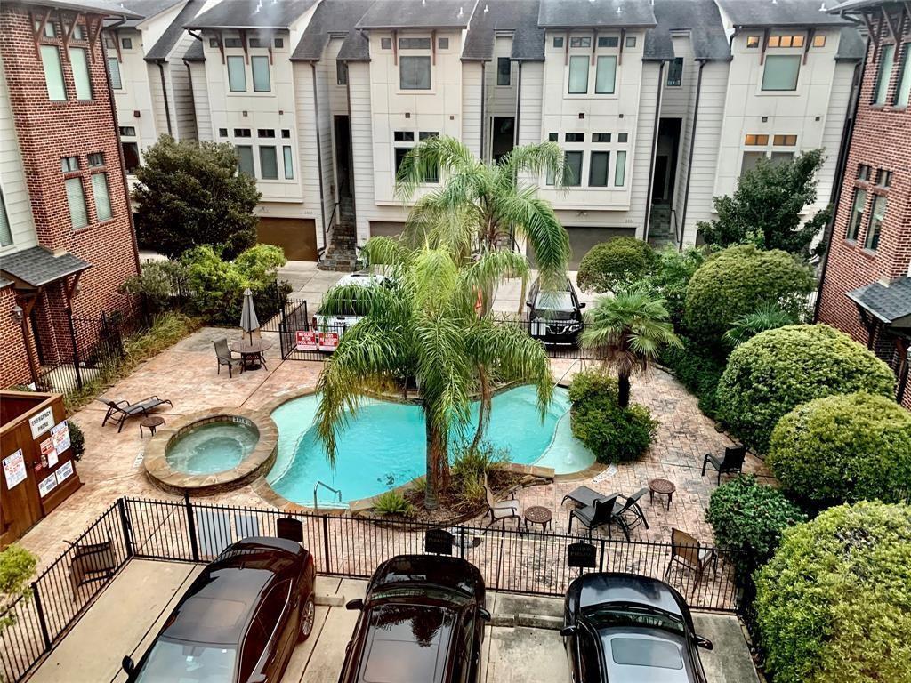 1seasons Brownstones Real Estate Listings Main Image