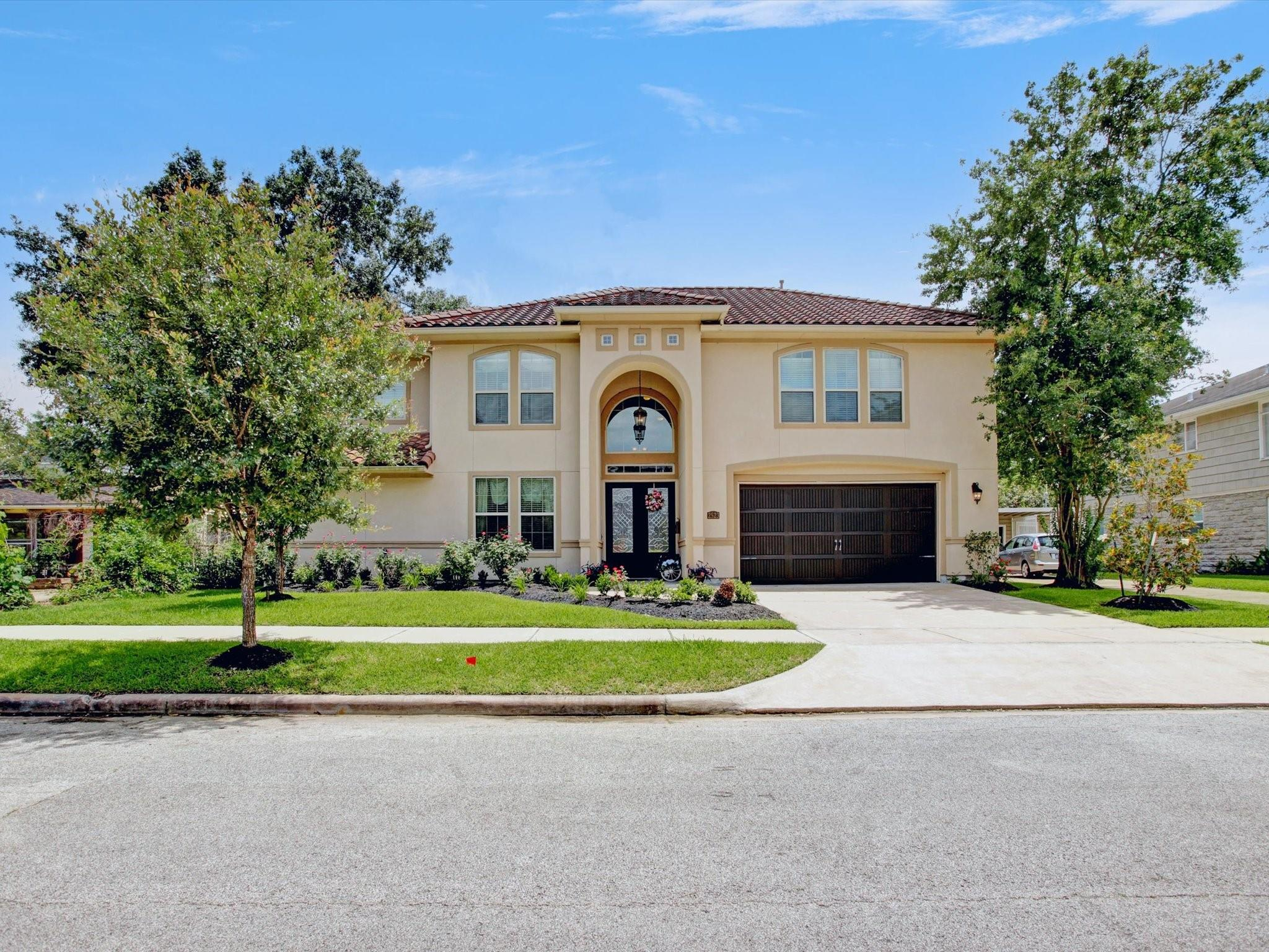 2523 Watts Street Property Photo