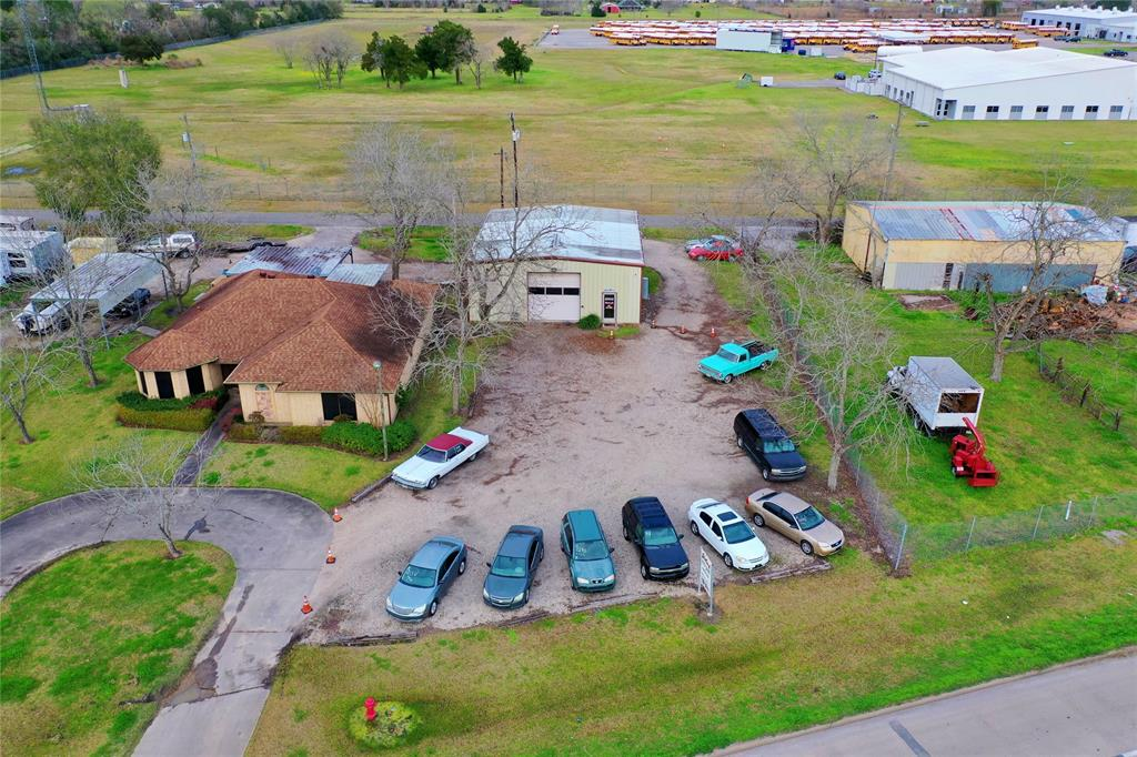 3030 W Highway 6 Property Photo - Alvin, TX real estate listing