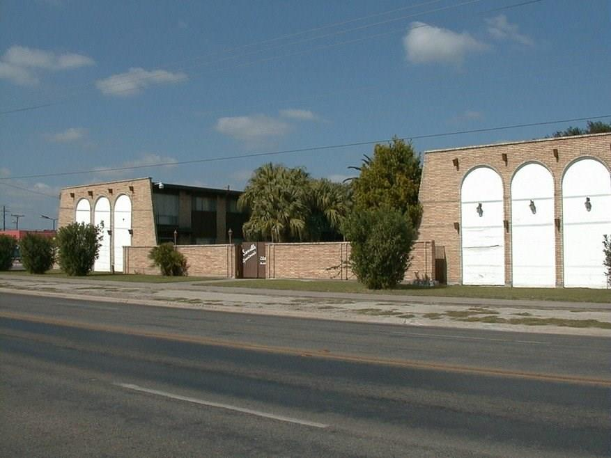 704 W Corral Avenue Property Photo - Kingsville, TX real estate listing