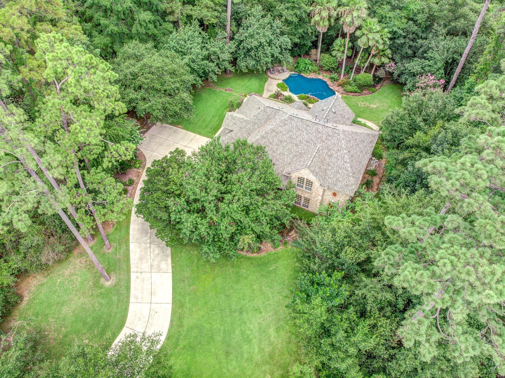 13107 Pine Drive Property Photo