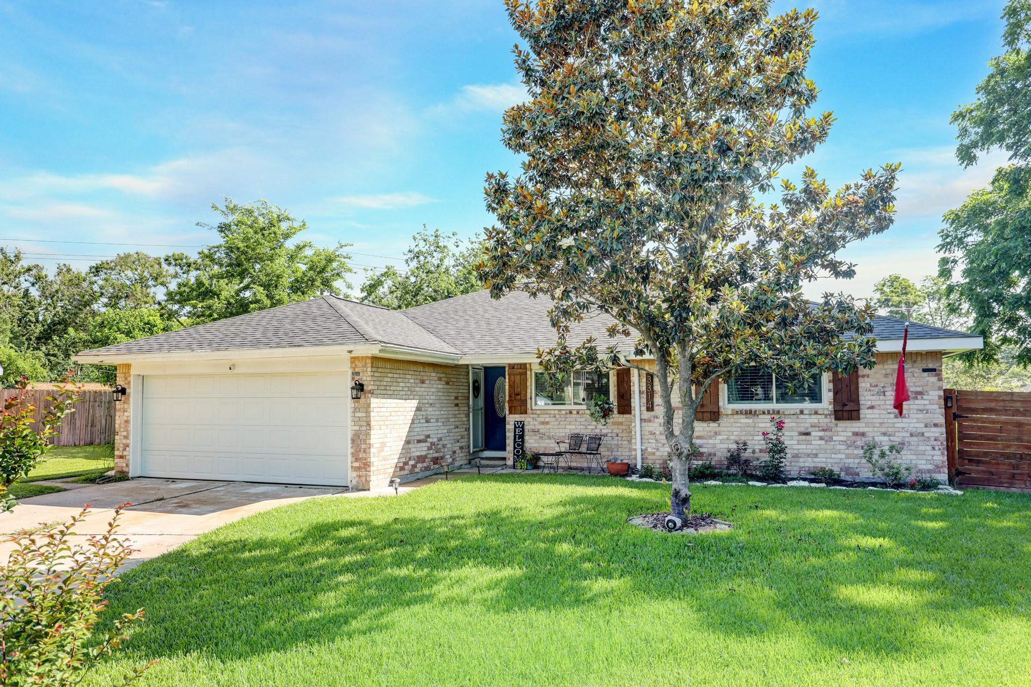 3314 Theysen Circle Property Photo 1