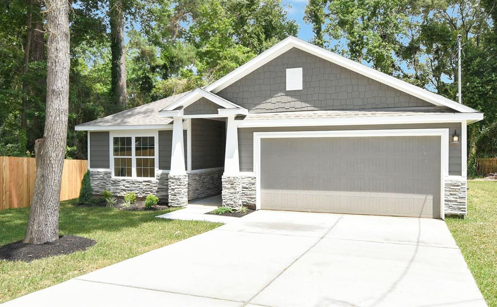 20801 Hilltop Cir Property Photo - Montgomery, TX real estate listing