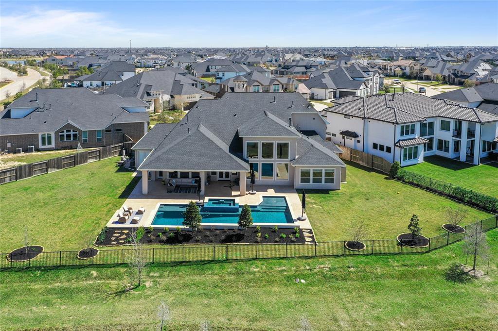 28043 Starlight Harbor Lane, Fulshear, TX 77441 - Fulshear, TX real estate listing