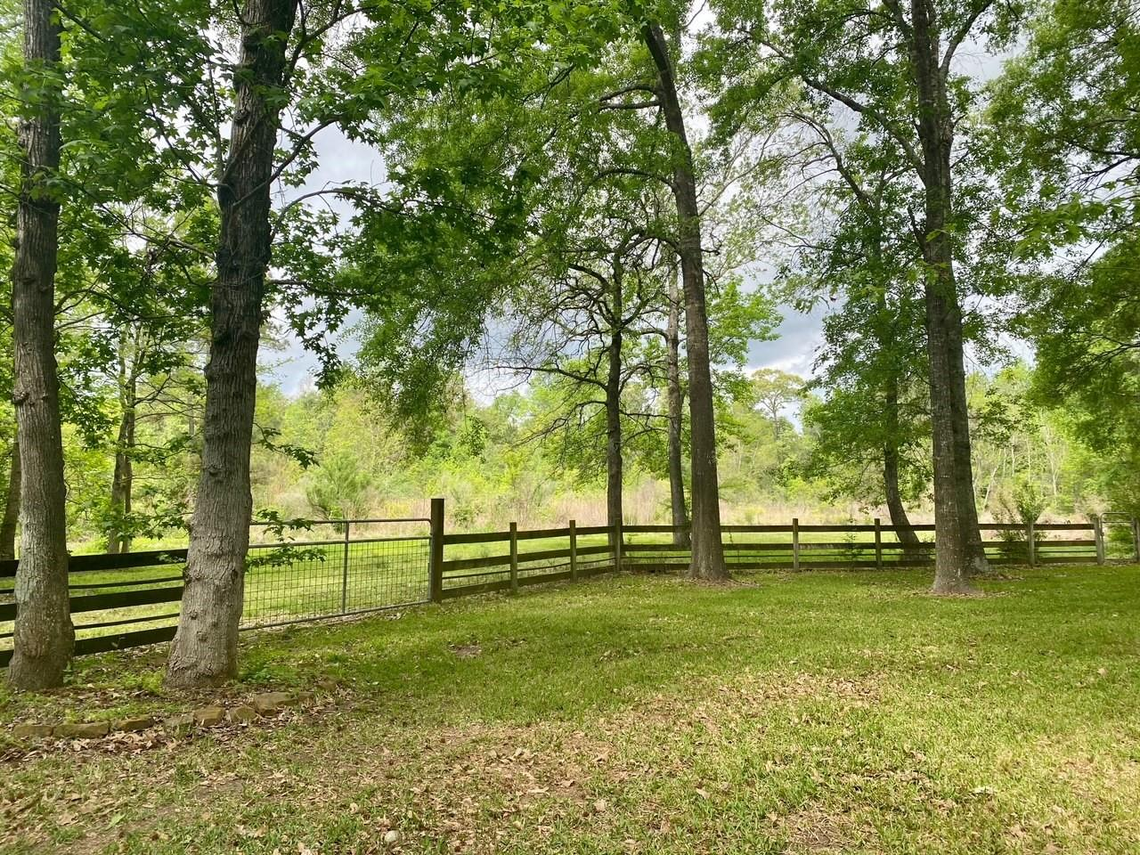 900 Springwood Drive Property Photo