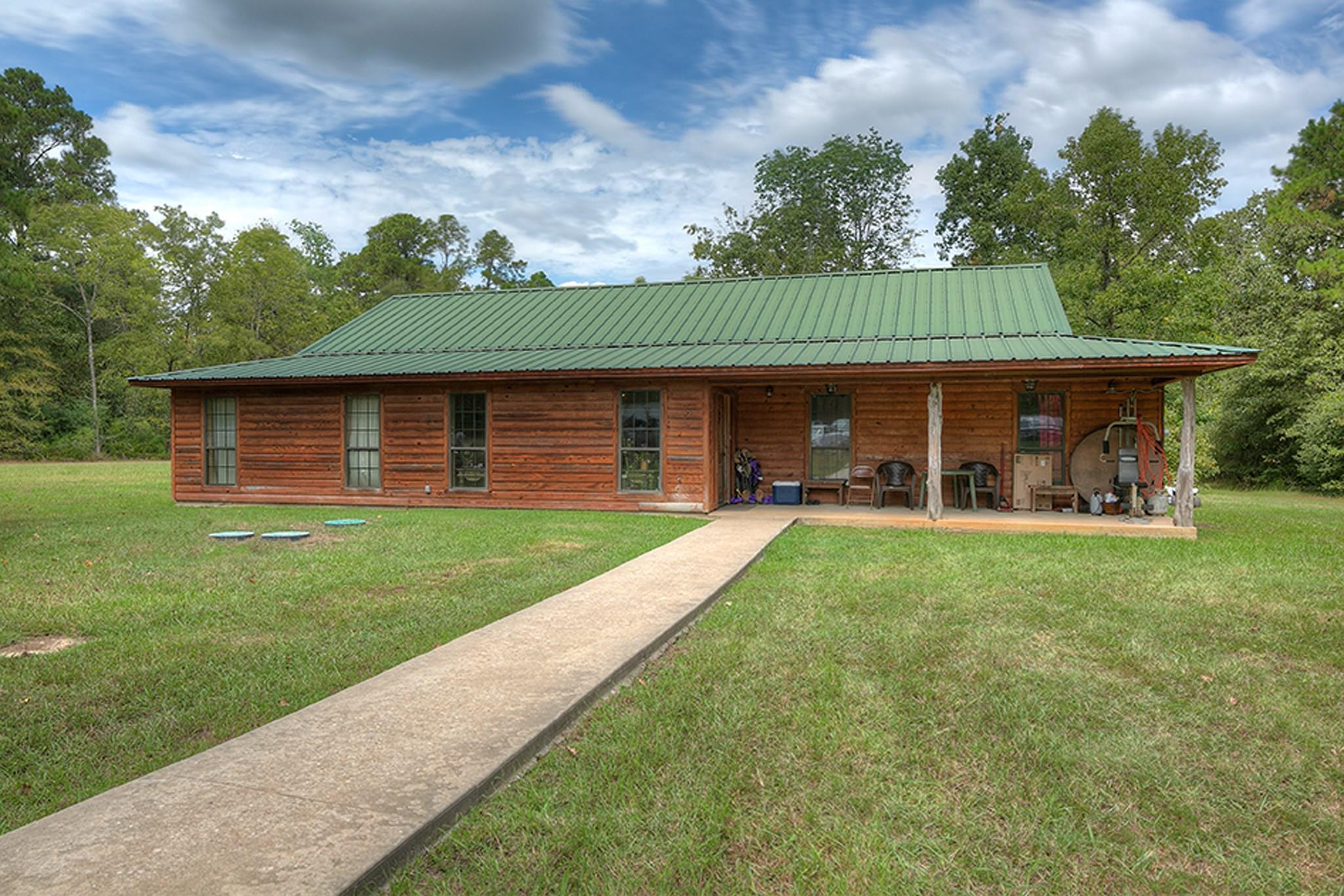2721 Counts Road Property Photo - Point Blank, TX real estate listing