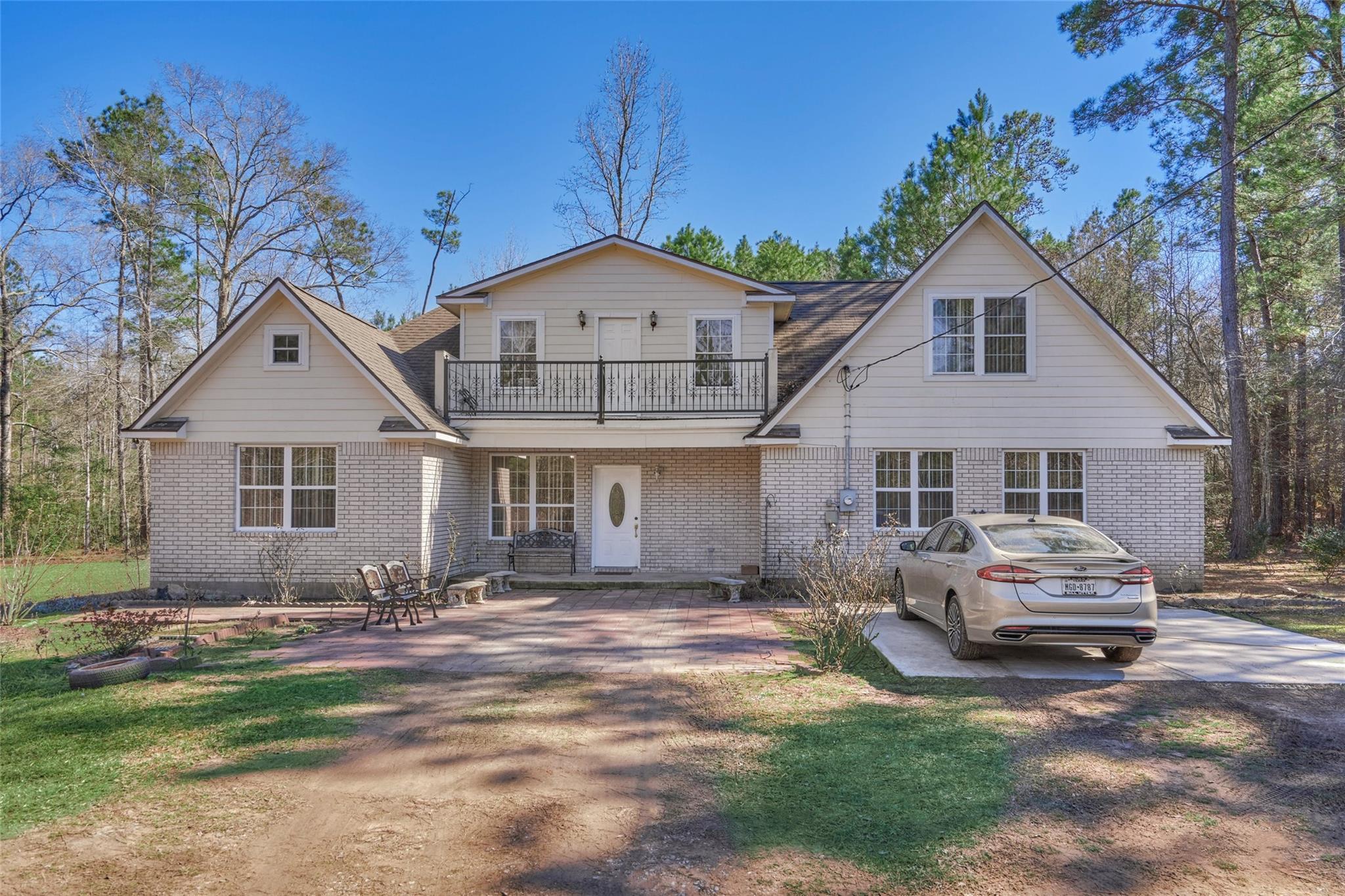 13904 Gerard Court Property Photo