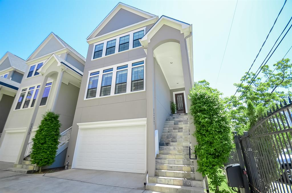 1237 W 24th Street Property Photo