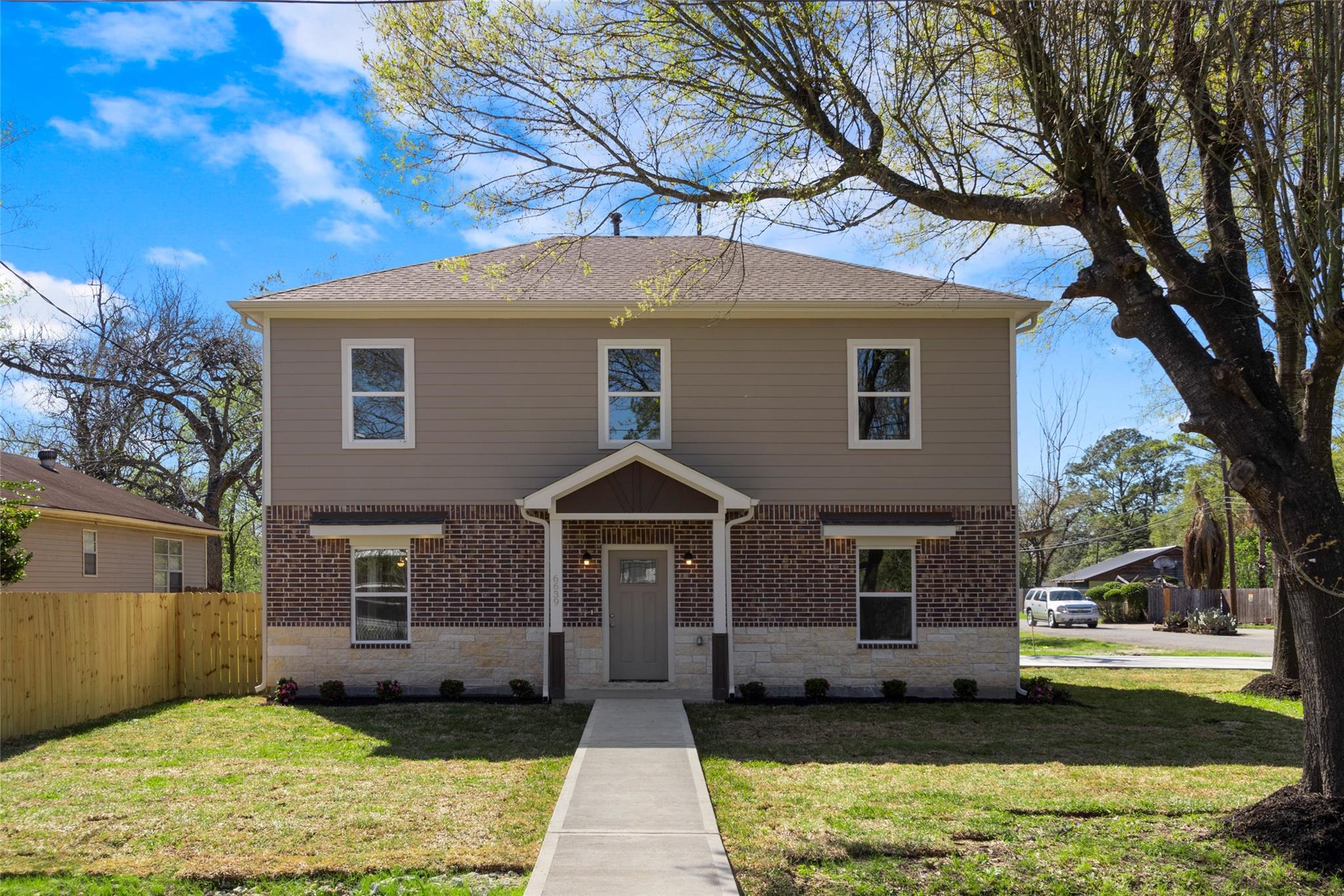 6639 Hoffman Street Property Photo - Houston, TX real estate listing