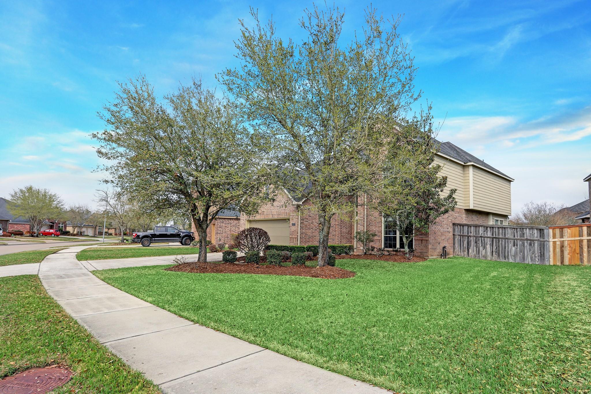6303 Silver Thistle Lane Property Photo