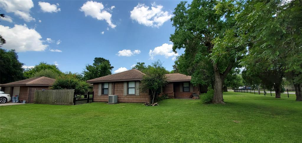 2703 Flowers Street Property Photo - Pasadena, TX real estate listing