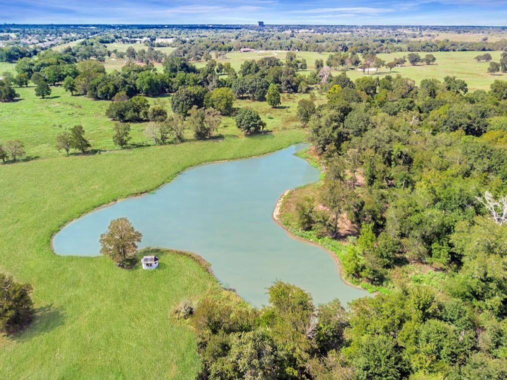9011 Sandstone Drive Property Photo - College Station, TX real estate listing