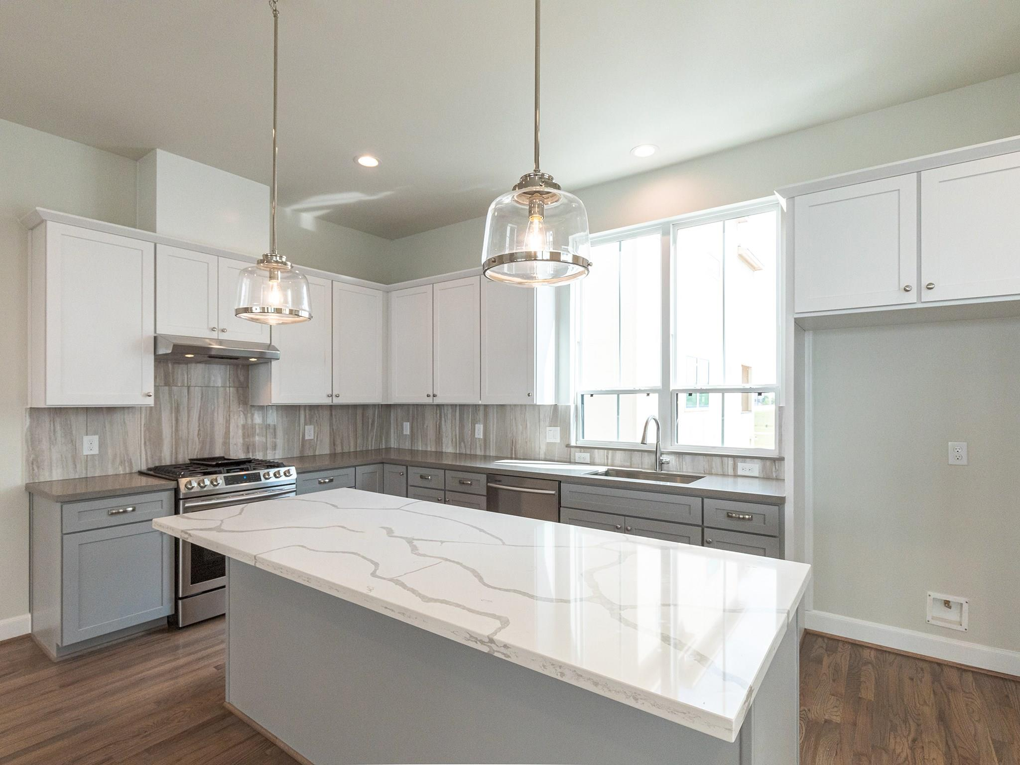 2812 Grand Fountains Drive #F Property Photo - Houston, TX real estate listing