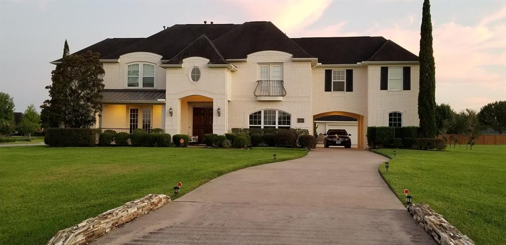 3917 Rockpoint Circle, League City, TX 77573 - League City, TX real estate listing