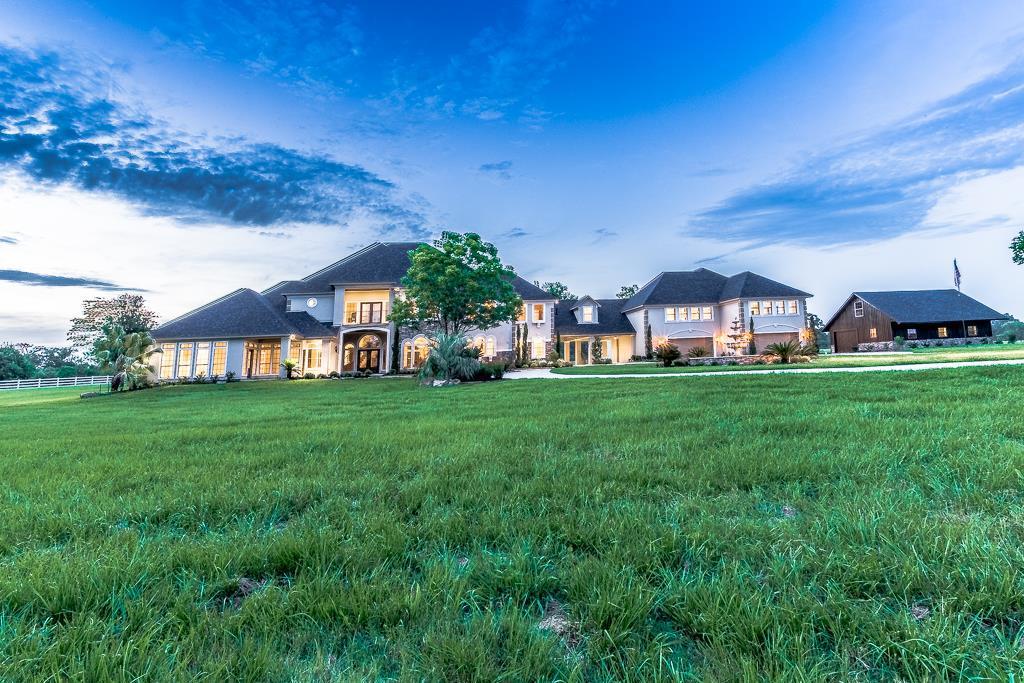 13675 Dairyland Drive, Willis, TX 77318 - Willis, TX real estate listing