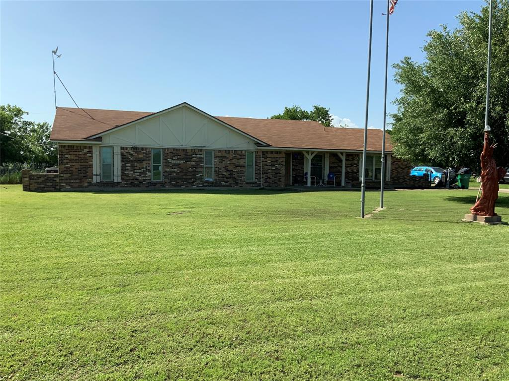 1888 Highway 14 S Property Photo - Groesbeck, TX real estate listing