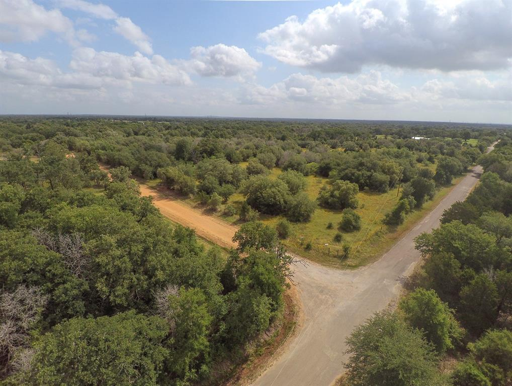 000 Angle Road Property Photo - Smithville, TX real estate listing