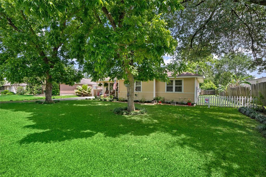 2915 LILAC Street Property Photo - Pasadena, TX real estate listing