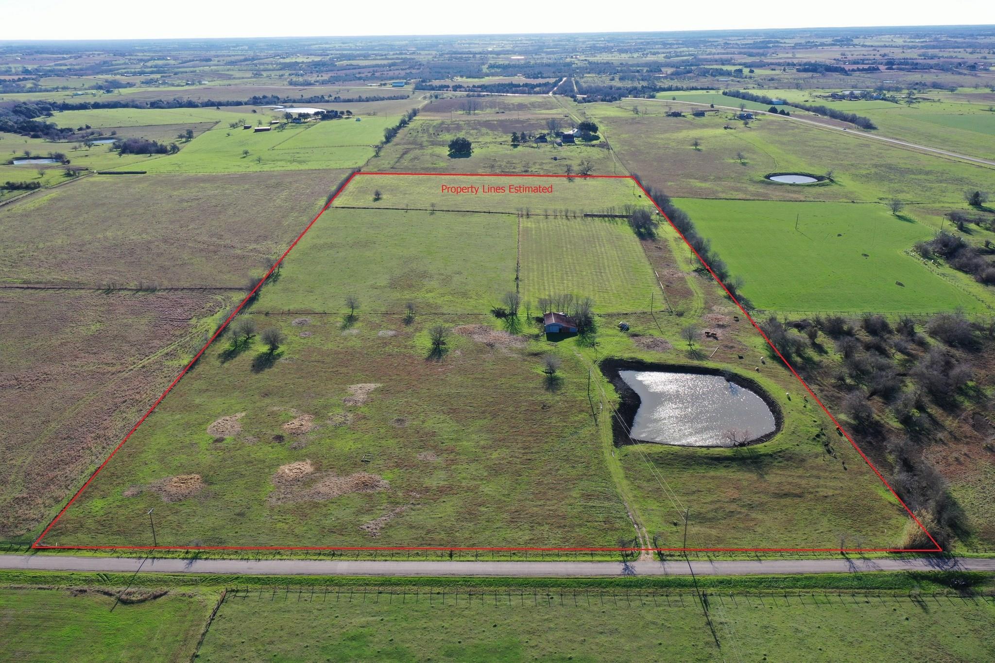 624 Dockal Road Property Photo - Fayetteville, TX real estate listing