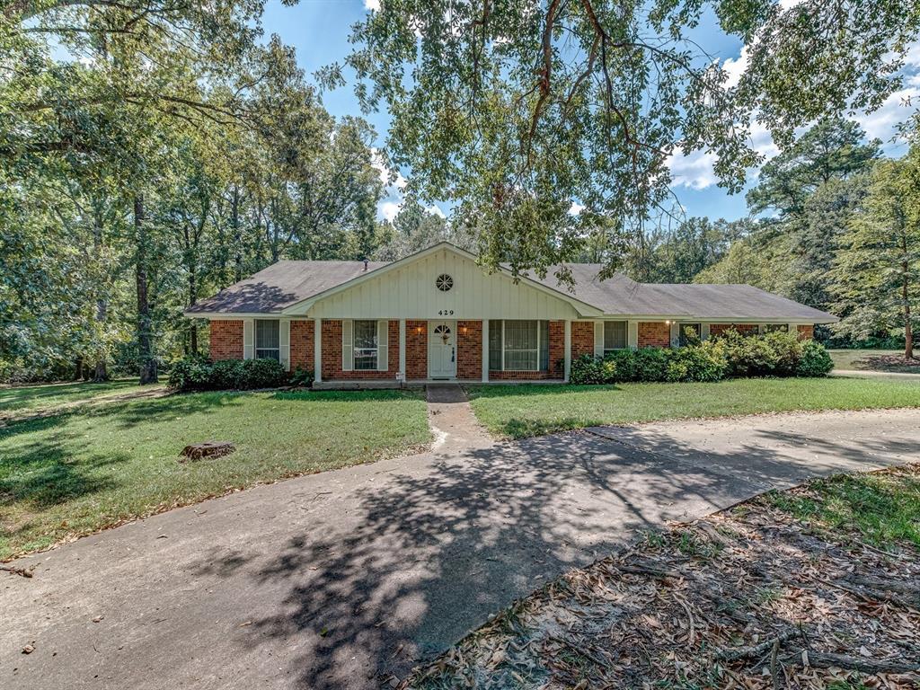 429 Cedar Bend Street Property Photo - Lufkin, TX real estate listing
