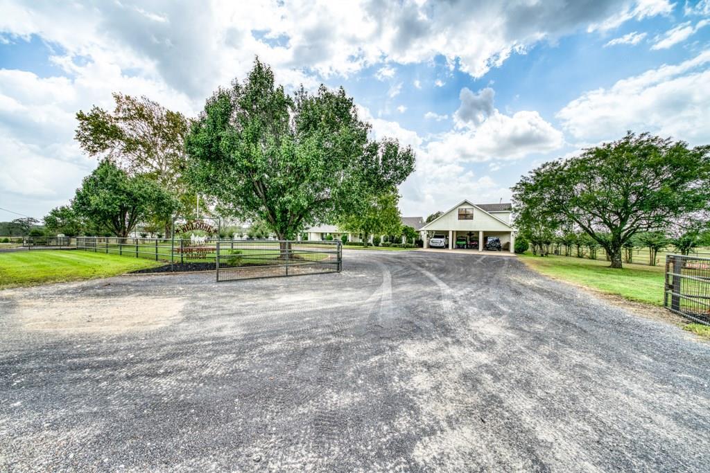 1396 Williams Lane Property Photo - Madisonville, TX real estate listing