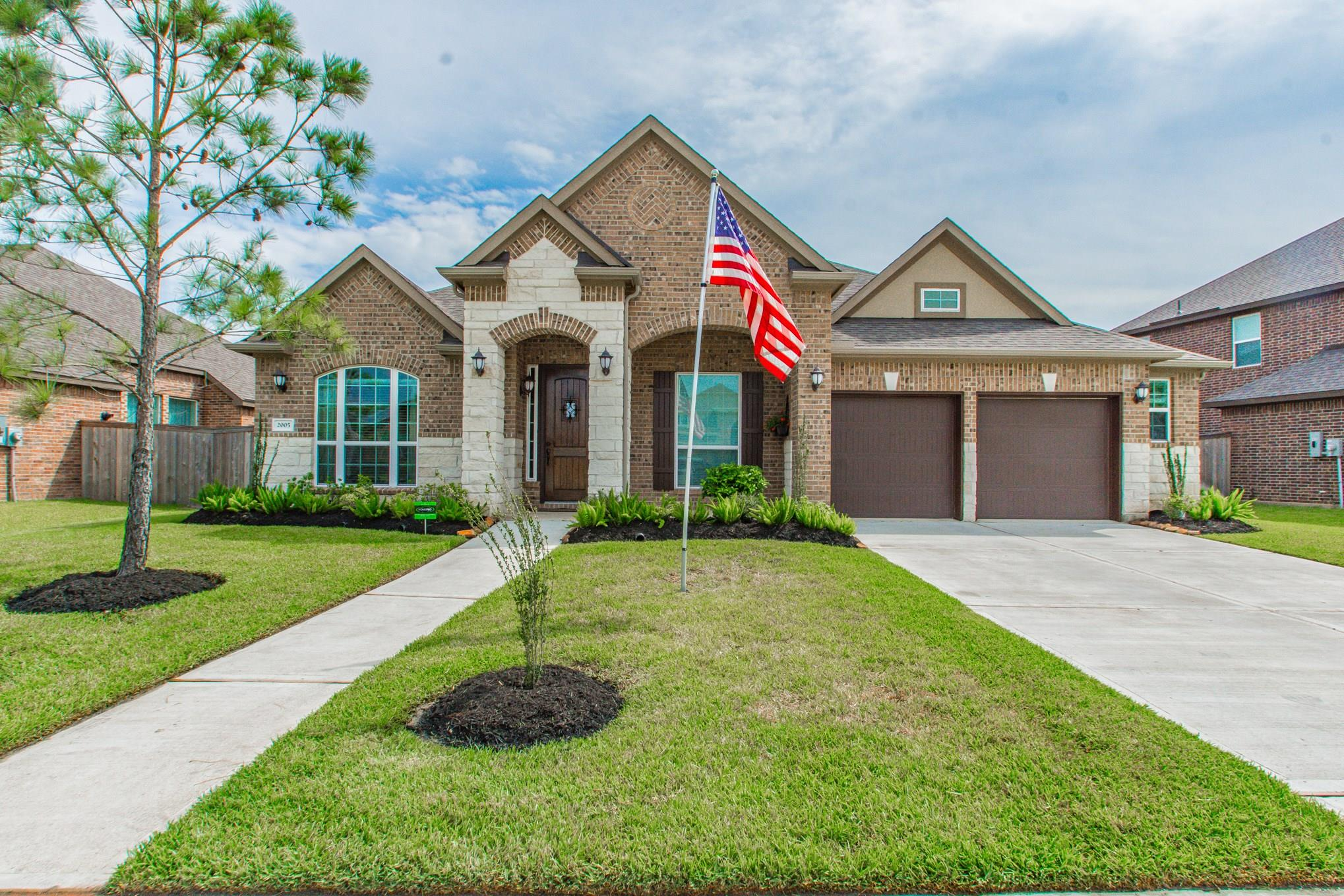 2005 Highland Meadows Drive Property Photo - Pearland, TX real estate listing