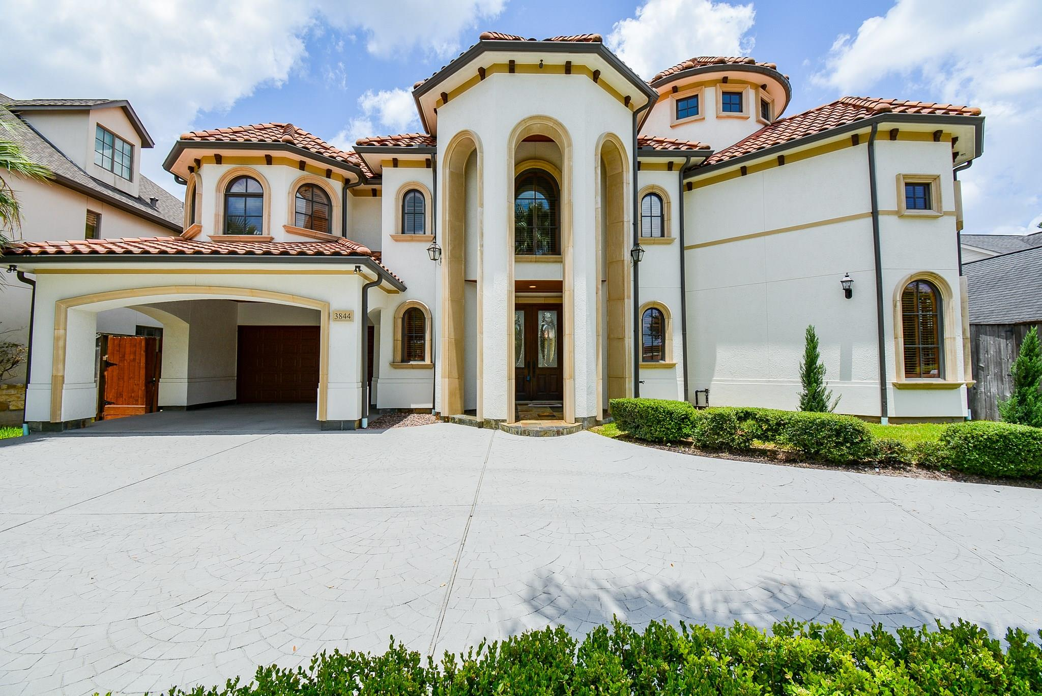 77025 Real Estate Listings Main Image