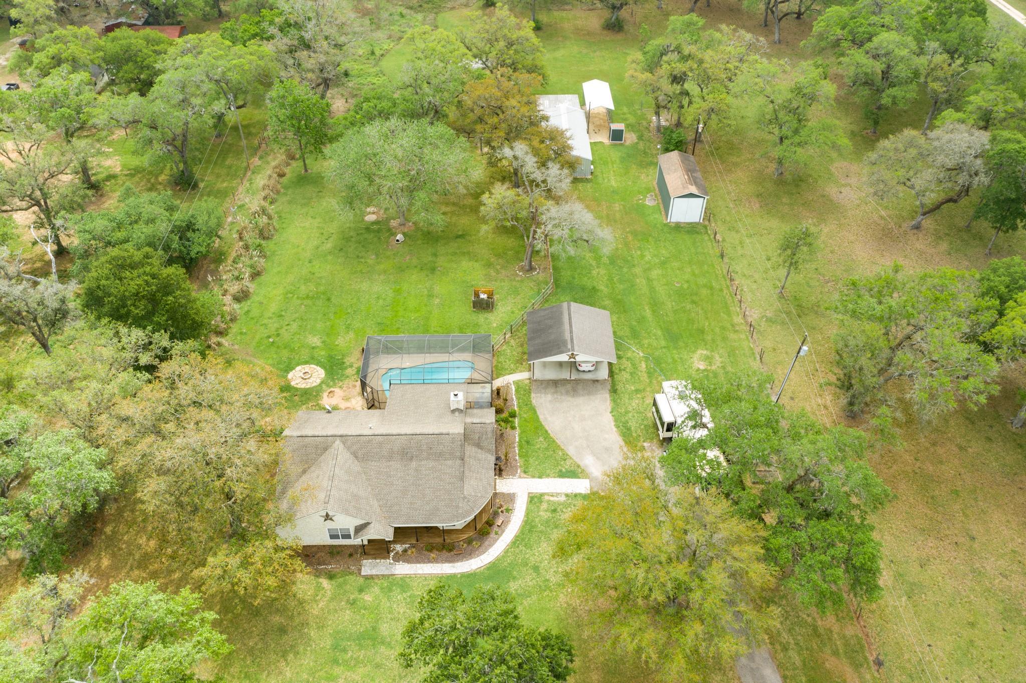 9199 County Road 505 Property Photo - Brazoria, TX real estate listing