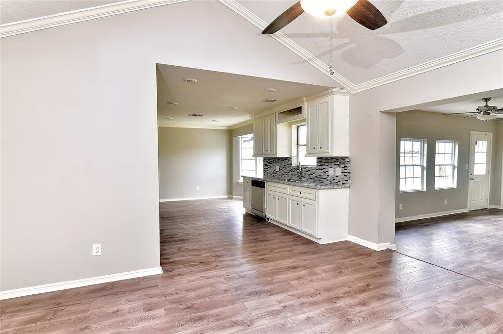 9735 Santa Monica Boulevard Property Photo - Houston, TX real estate listing