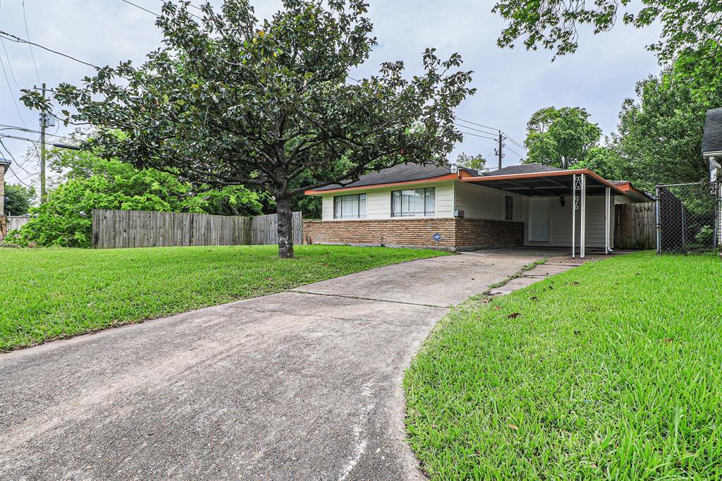 810 Kilroy Street Property Photo - Houston, TX real estate listing