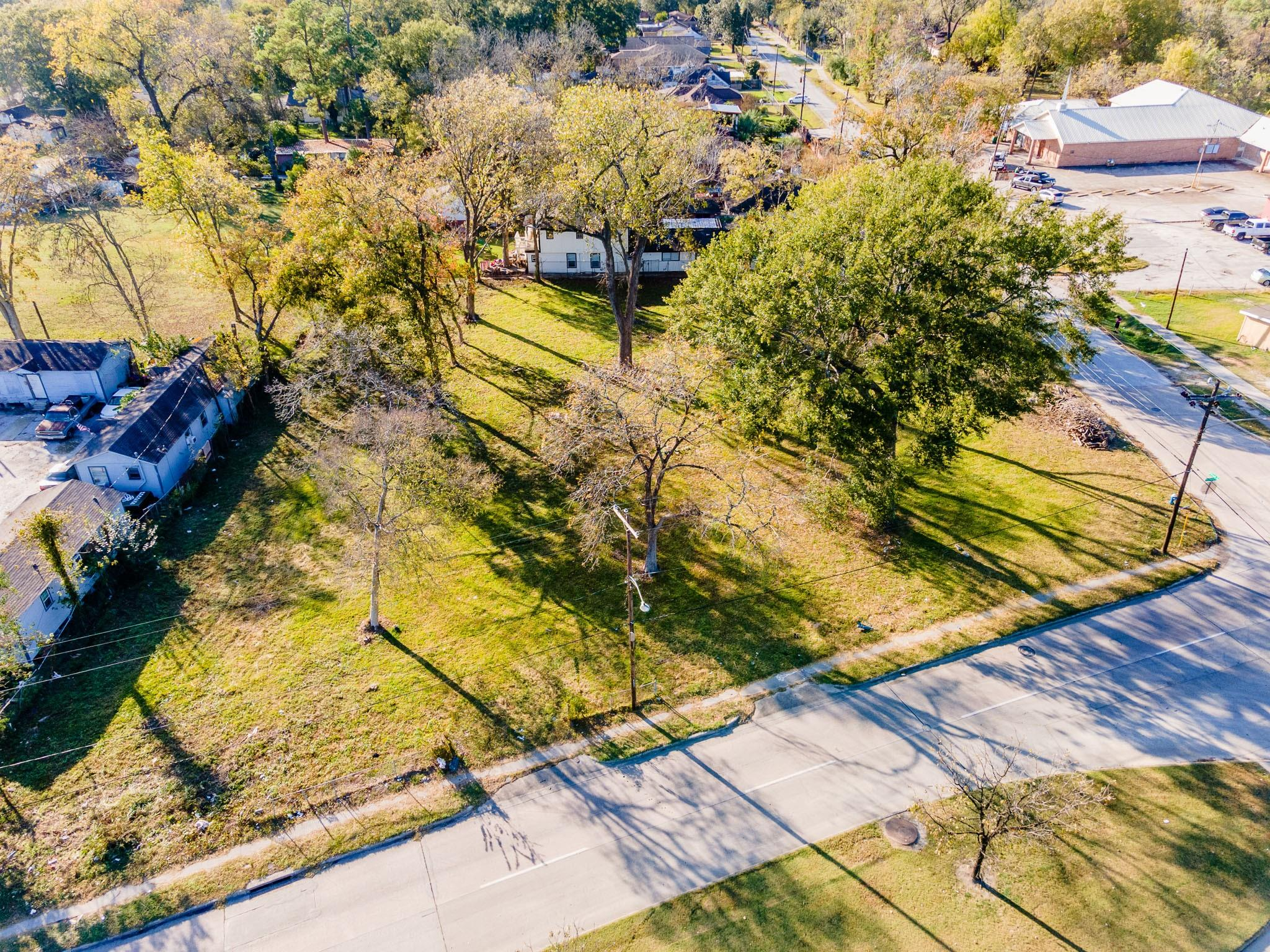8921 Irvington Boulevard Property Photo - Houston, TX real estate listing