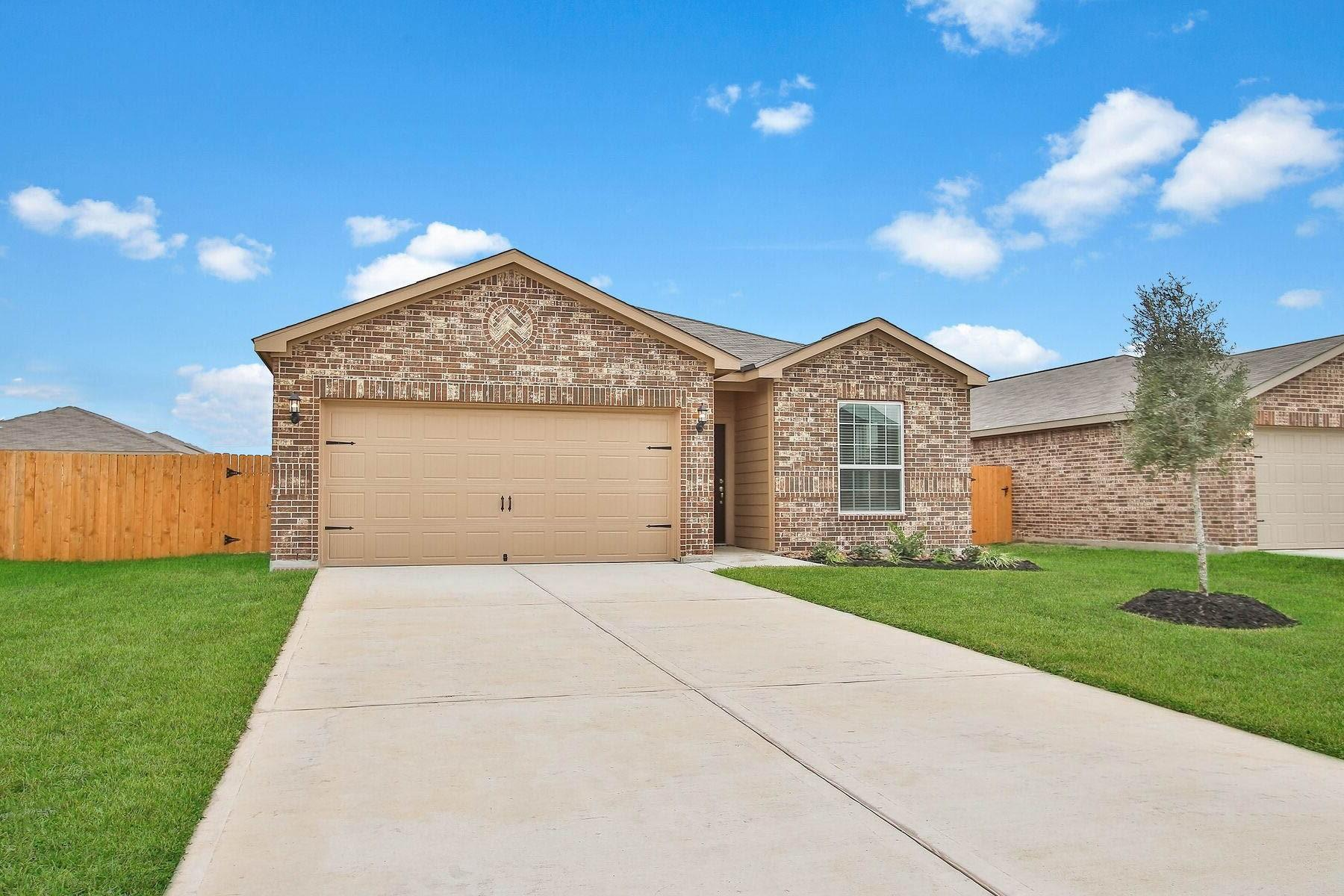 10655 Lost Maples Drive Property Photo 1