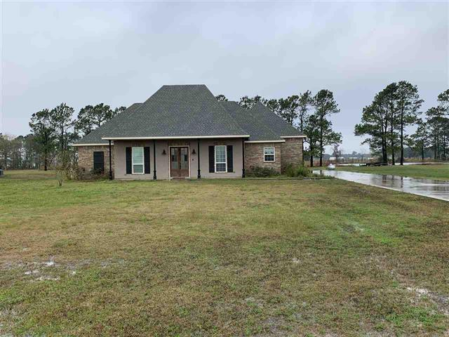 18960 Kiker Road, Winnie, TX 77665 - Winnie, TX real estate listing