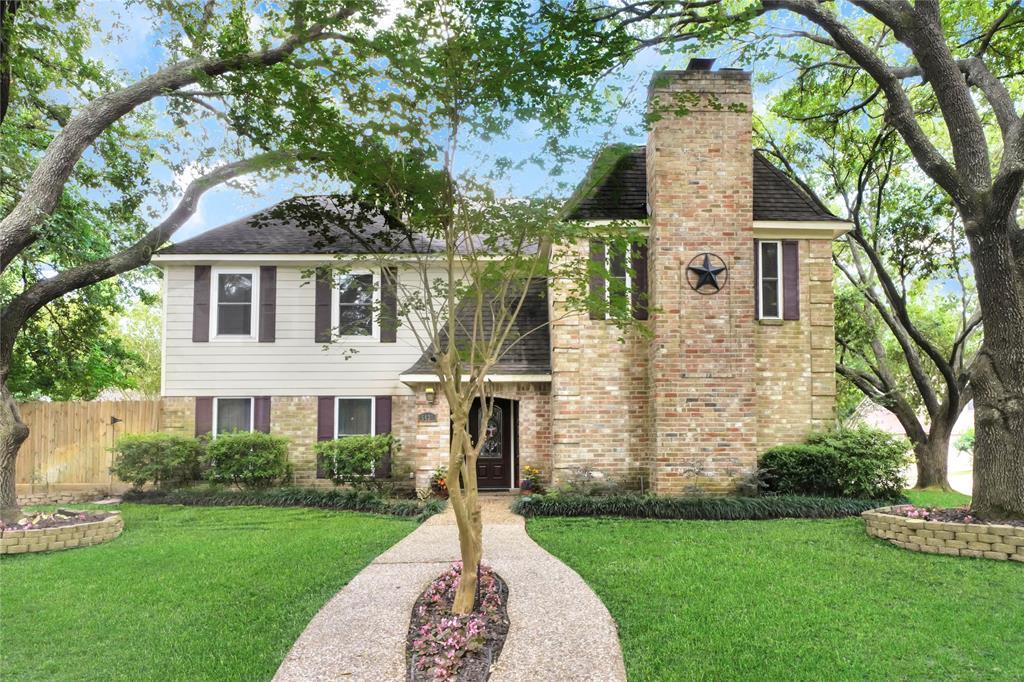 5431 Pine Arbor Drive Property Photo - Houston, TX real estate listing