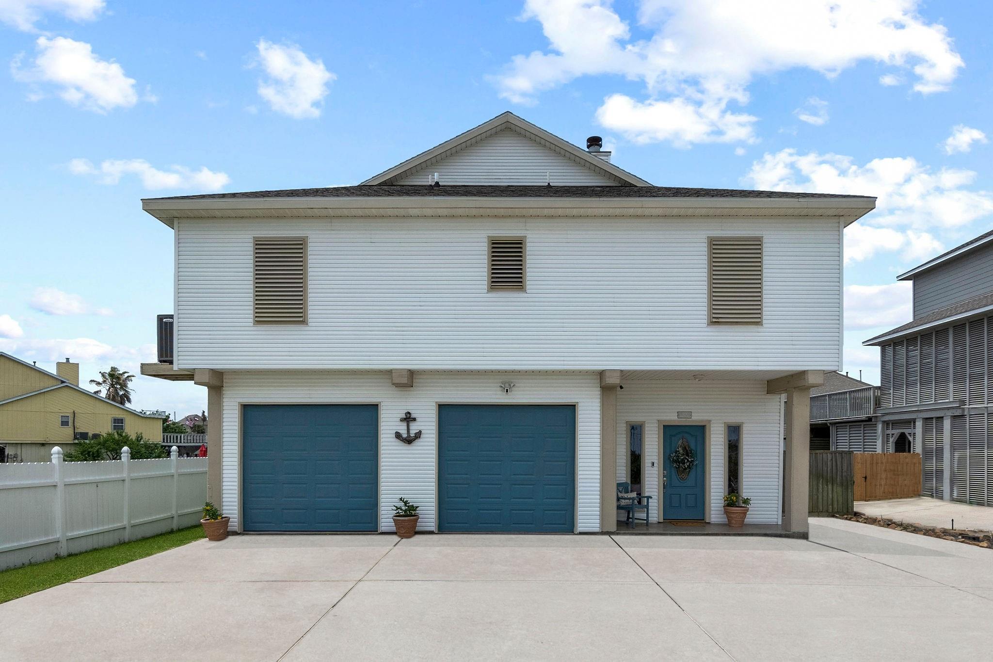 29 N Omega Street Property Photo